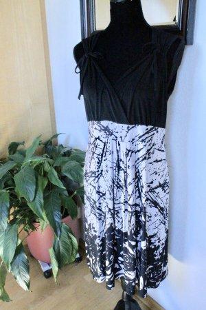 Sa.Hara Empire Dress black-white