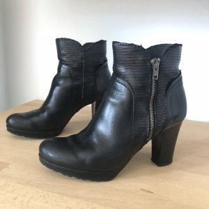 Sacha Stiefeletten Gr 37 schwarz Leder Absatz highheels Boots Stiefel