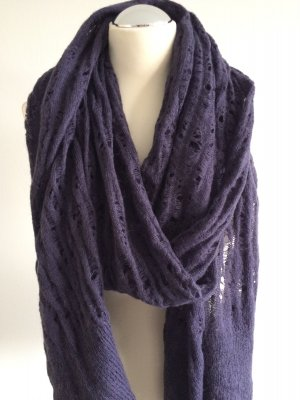 Bench Scarf dark violet