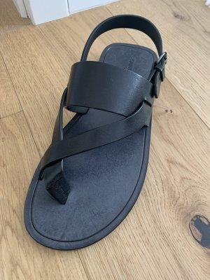 Saint Laurent Sandalo con cinturino nero Pelle