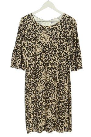Saint Tropez Pencil Dress leopard pattern casual look