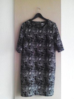Saint Tropez kurzes Kleid in grau, Grösse M