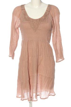 Saint Tropez Robe à manches longues rose chair style décontracté