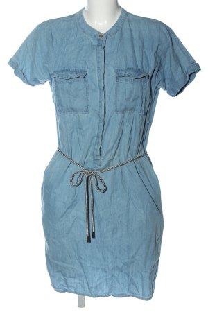 Saint Tropez Mini vestido azul look casual
