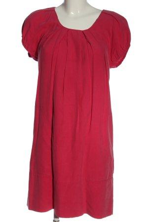 Saint Tropez Mini vestido rosa look casual