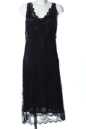 Saint Tropez Spitzenkleid schwarz Blumenmuster Elegant