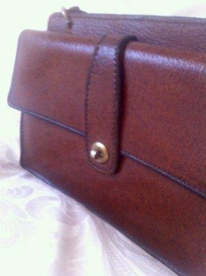 Bolso con correa marrón Cuero
