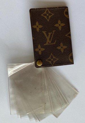 Louis Vuitton Tarjetero marrón oscuro