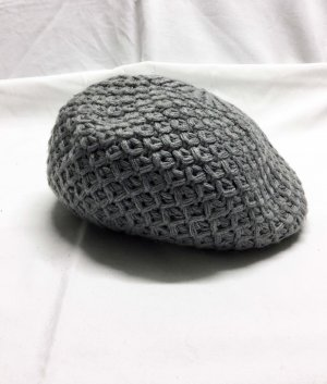 Esprit Berretto basco grigio chiaro Acrilico