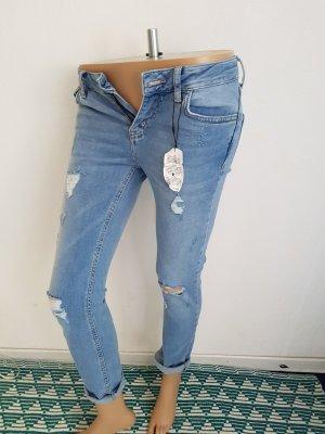 Sale! Denim & Co Jeans Neu mit Etikett Gr 34 sehr hüftig Strech, Risse, Löcher