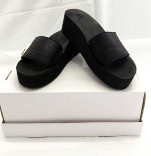Flip*flop Sandalias con tacón negro Sintético