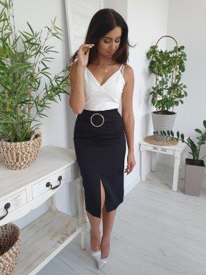 Falda de talle alto negro