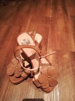Sandalias con plataforma crema Cuero