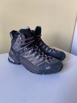 Salewa Trekking Wander Schuhe Gr. 41