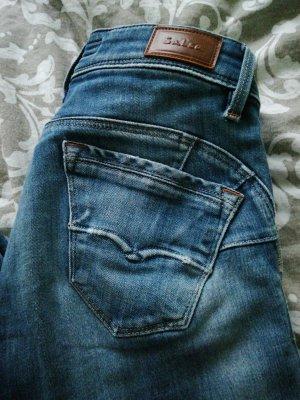 Salsa Push-up Jeans