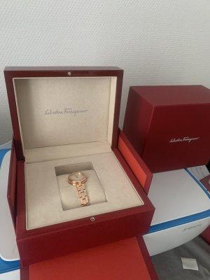 Salvatore ferragamo Damen Uhr Roségold Neu