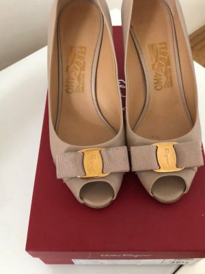 Salvatore ferragamo  Pumps gr 37,5