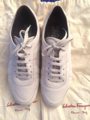 Salvatore Ferragamo Sneakers aus Leder Gr. 38,5-39