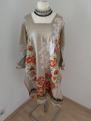 Vestido de lana crema-beige