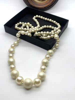 Sammlungsauflösung/Nachlass: Lange Perlenkette 60er Jahre, ca.88cm lang