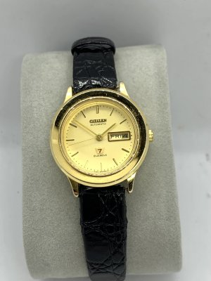 Citizen Reloj automático color oro-negro