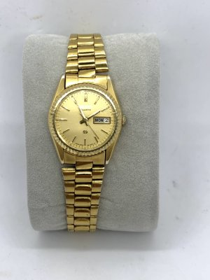 Seiko Watch With Metal Strap gold-colored