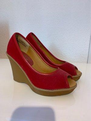 Sandalias tipo cuña beige-rojo