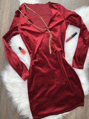 Robe à manches longues bordeau-rouge carmin velours