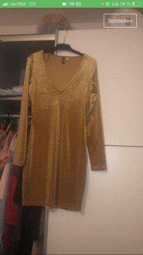 Samt Kleid in Größe 38
