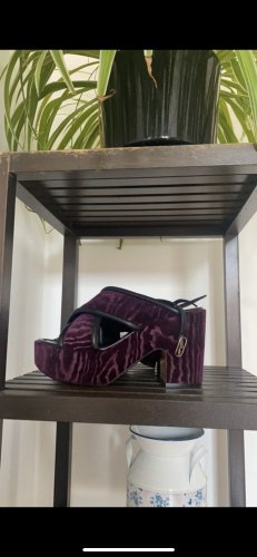 Samt Schuhe