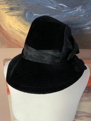 Miękki kapelusz z szerokim opuszczonym rondem czarny