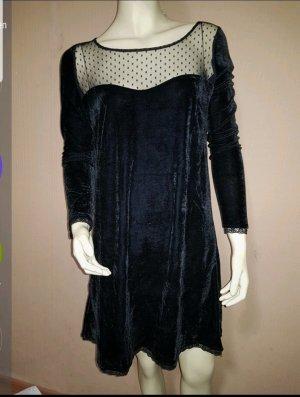 samtiges schwarzes Kleid Neu Gr. 38