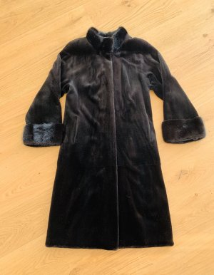 0039 Italy Pelt Coat black brown pelt