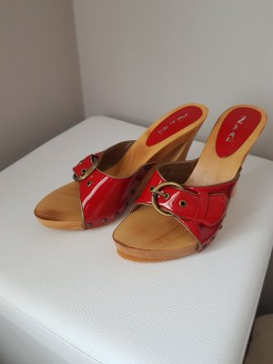 Platform High-Heeled Sandal beige-red