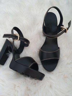 italienische Mode Sandały na obcasie czarny