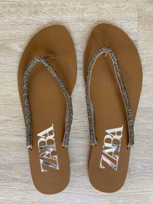 Sandale mit Cristallen