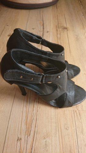 Sandale schwarz Gr 38