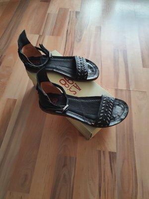 AS98 Sandalias cómodas negro-color plata