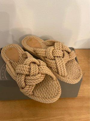 H&M Sandały plażowe kremowy