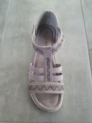 Sandały z rzemykami srebrny