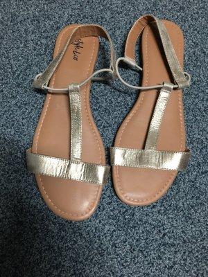 Sandales à lanière doré