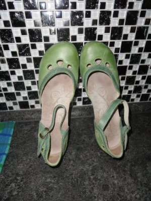 Deerberg Clog Sandals grass green-green