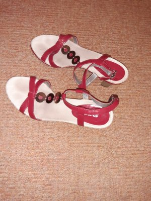 ara Strapped Sandals red