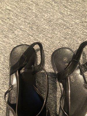 Sandały plażowe czarny-szary