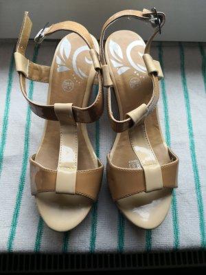Sandalias con plataforma crema-beige