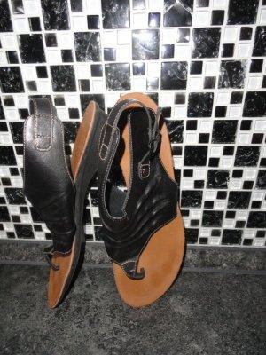 Paul Green Toe-Post sandals black leather