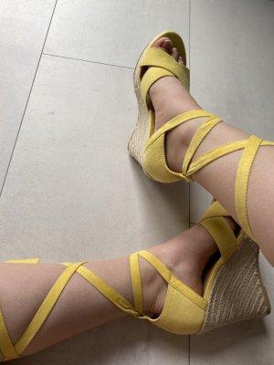 Even&Odd Curvy Sandalo con plateau giallo