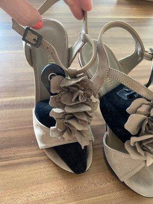 Sandalen aus feinste Velourleder