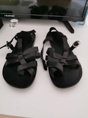 Janet D Sandalo toe-post nero