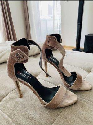 Sandalen aus Samt
